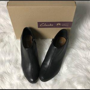 4c63bbff153 Clark's Brielle Abby Black Wedge shoe size 10 M